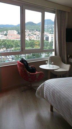 Hotel Oceania : Chambre avec vue