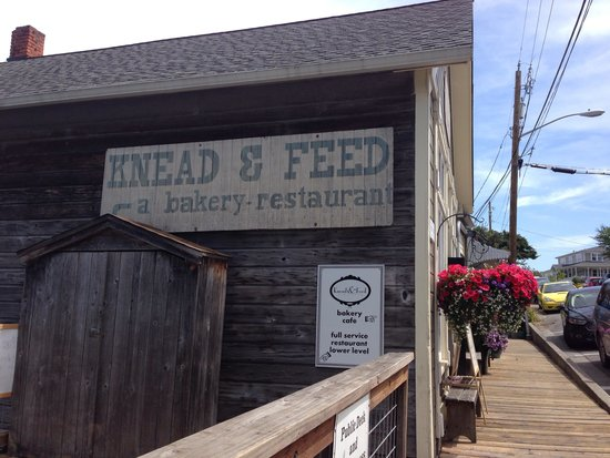 Knead & Feed Restaurant: Don't miss Knead & Feed when in Coupeville