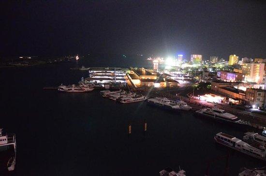 Hotel East China Sea: 離島ターミナルの夜景