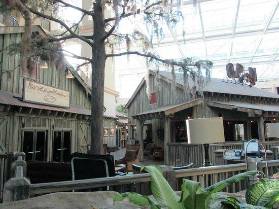 Old Hickory Steakhouse: Interesting Bayou setting