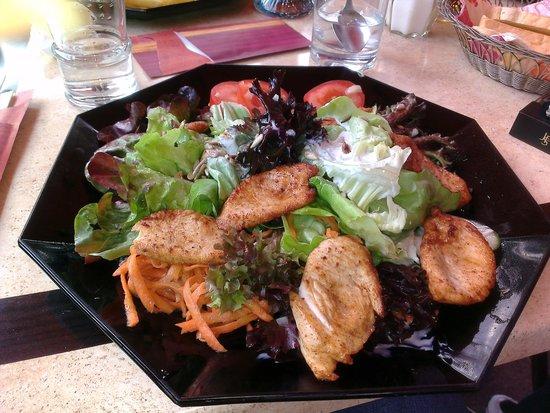 Hotel Restaurant Pfaff: chicken salad