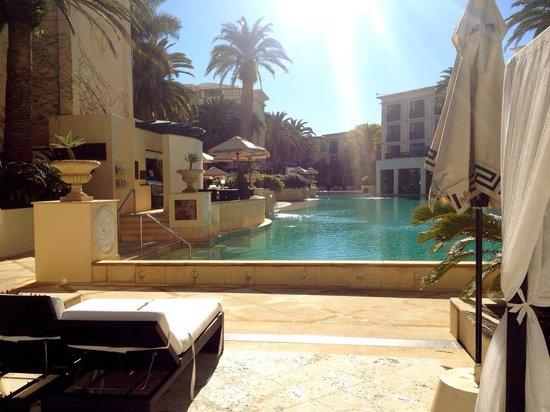 Palazzo Versace: Lagoon pool