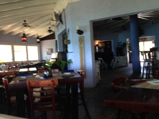 The Rainbow Inn Seafood & Steak House: Inside