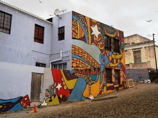 Wanderlust - Cape Town on Foot Walking Tour: Bo-Kaap street art