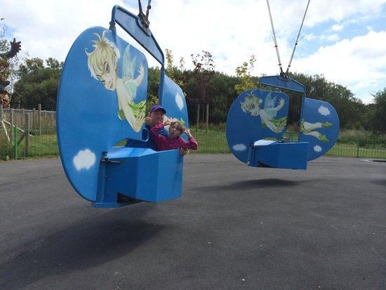 Oakwood Theme Park : Tinker bell ride