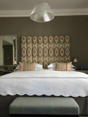 Haymarket Hotel: De luxe room:espaço,confortável,lençóis de alta qualidade,decoração primorosa.