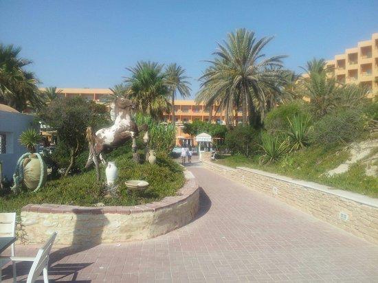 Hotel Vendome El Ksar Resort & Thalasso : From the beach