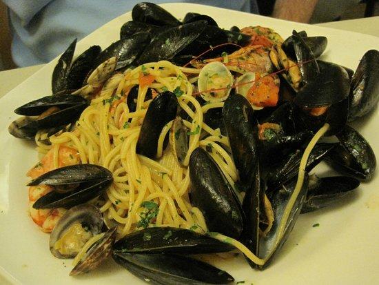 Pontini : Seafood Spaghetti