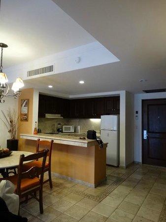 Playa Grande Resort: Kitchen Suite