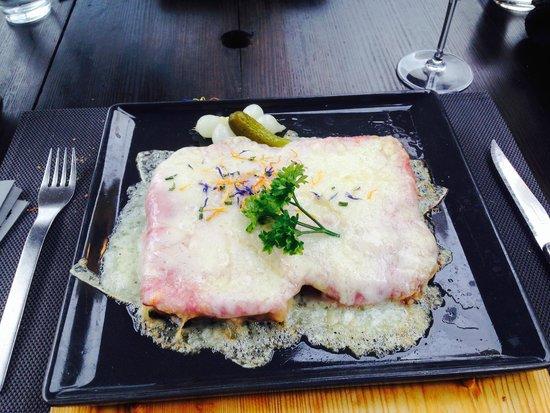 La Cabane: Croûte au fromage-jambon