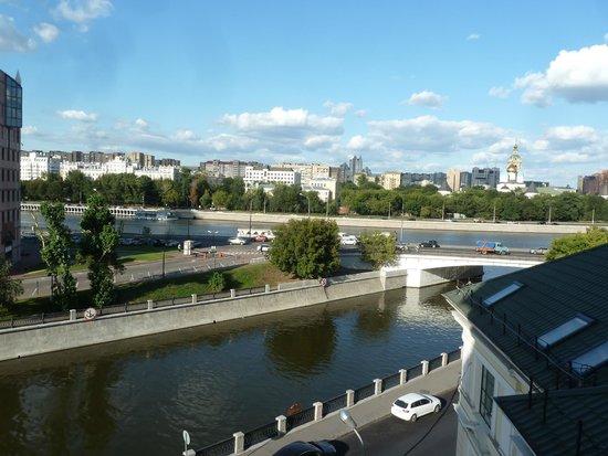 Katerina City Hotel : vistas desde la habitación