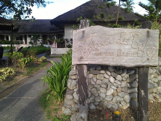 """Bahia de Baler: Signage and pathway to our little """"village"""""""