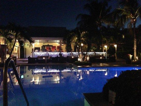 Royal West Indies Resort: RWI pool and restaurant