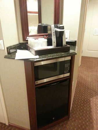 Town & Country Inn and Suites: Microwave, fridge, & coffee maker