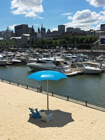 InterContinental Montreal : The beach, just 15 min away from the hotel