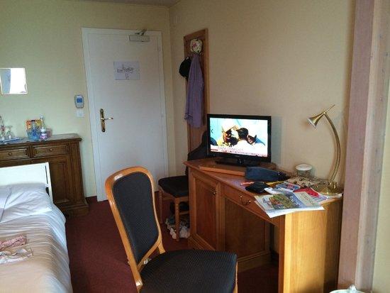 Beausite Park Hotel: Relaxing area in junior suite