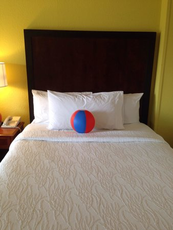 Hilton Garden Inn Orange Beach : Ball was a cute touch.