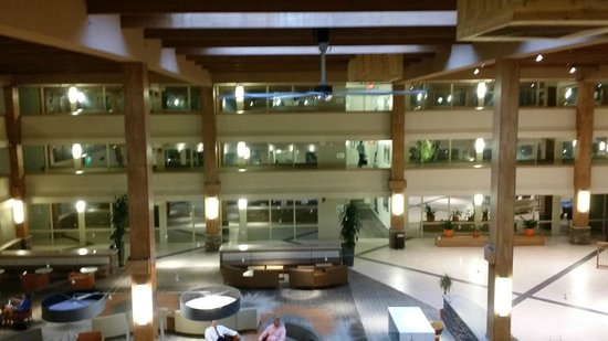 Crowne Plaza Suffern Lobby From 3rd Floor Balcony