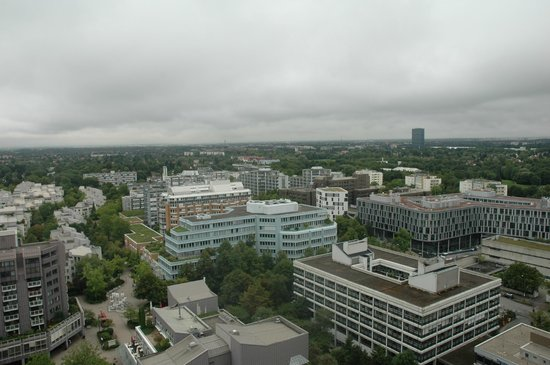Sheraton München Arabellapark Hotel: Decent views
