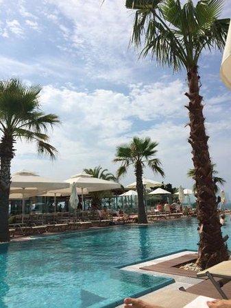 Radisson Blu Resort Split: Pool area