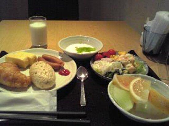 HOTEL MYSTAYS Shin Osaka Conference Center: 朝食