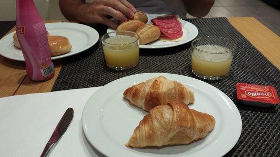 Hotel Sagrada Familia: colazione