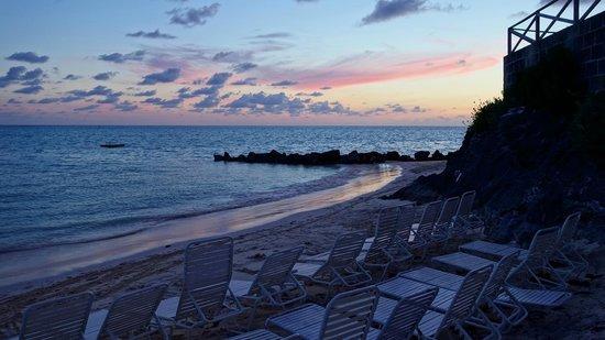 Pompano Beach Club: Sunset on the beach