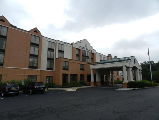 front of the hotel picture of hyatt place fair lawn. Black Bedroom Furniture Sets. Home Design Ideas