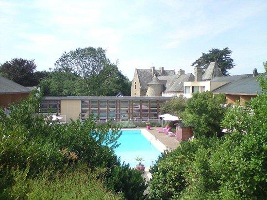 Manoir de Kerdréan: piscine