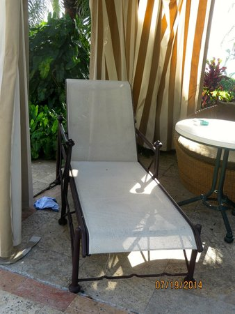 Palmeiras Beach Club at Grove Isle: Yes that's actually underwear beside the chaise & trash on table.