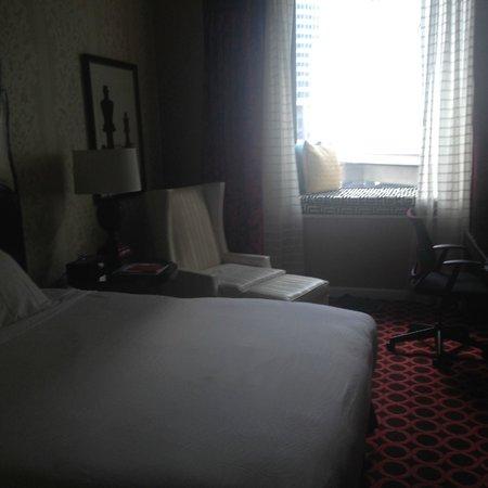 Kimpton Hotel Monaco Chicago : My room