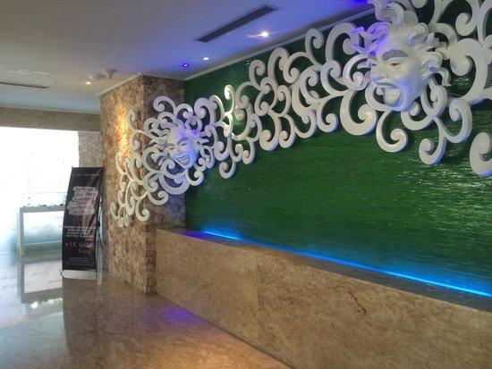 Kuta Angel Hotel: Lobby