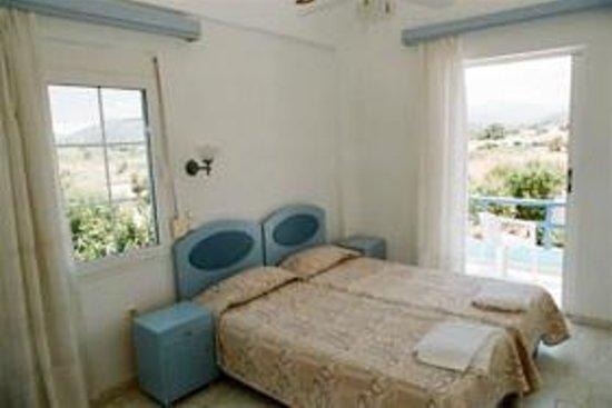Tripodis Apartments