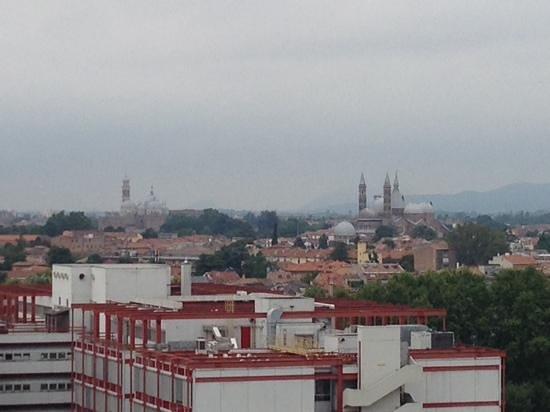 NH Padova: Blick vom Balkon im. 12. Stock