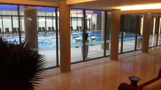 Ramada Plaza Bucharest Convention Center: Pool Area