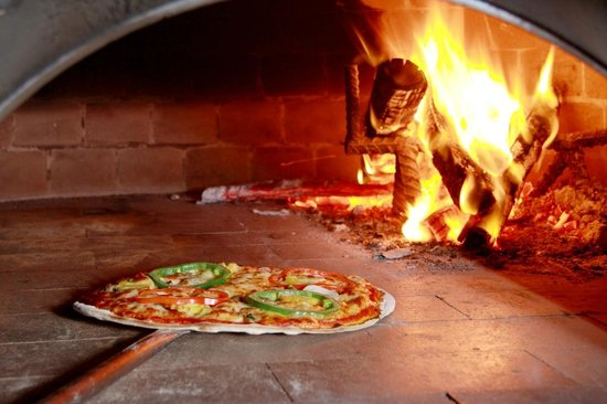 Nikitas Beach Restaurant : Nikitas wood fired pizza