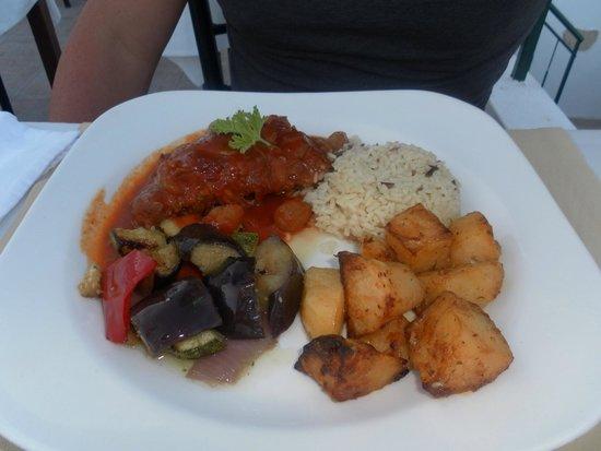 Acropolis Roof Garden Restaurant: Rabbit Stifado