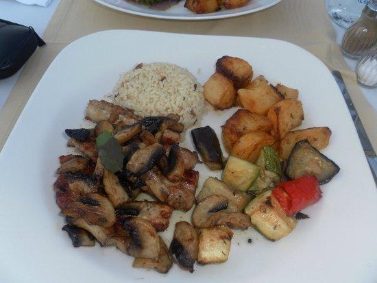 Acropolis Roof Garden Restaurant: Pork with mushrooms