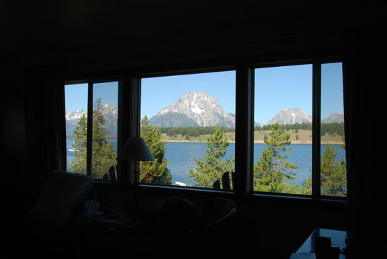 Signal Mountain Lodge : View from cabin living room on Jackson Lake and Grand Tetons