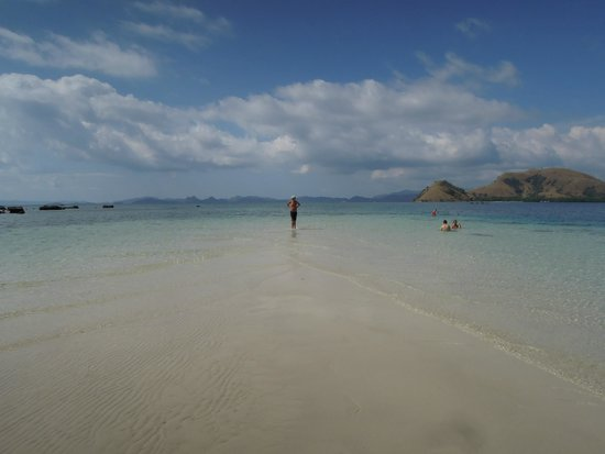 Plataran Komodo Resort: Kelor Island off Flores
