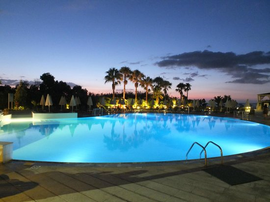 Minos Mare Hotel : pool at hotel