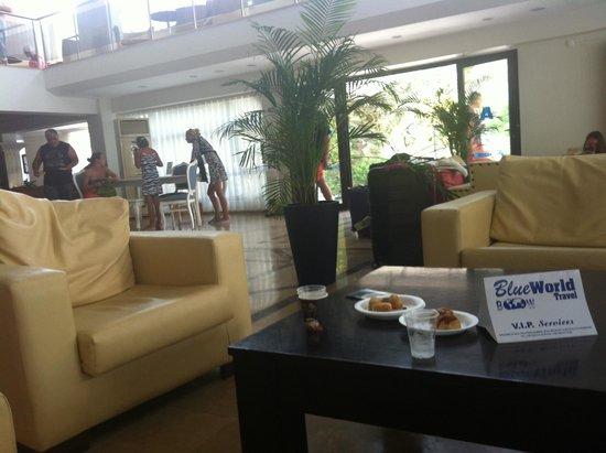 Atlantique Holiday Club: Réception