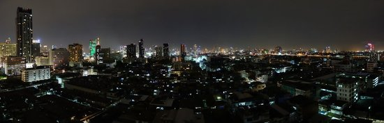 Bangkok City Hotel: Bangkok by night