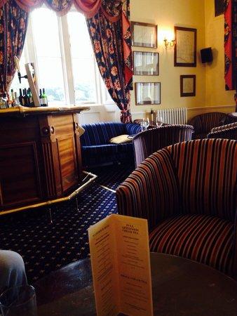 Parsonage Hotel & Spa: Bar area