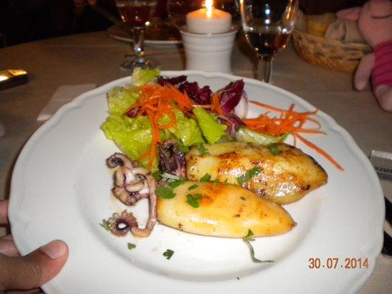 Hotel Villamare: calamari al forno....