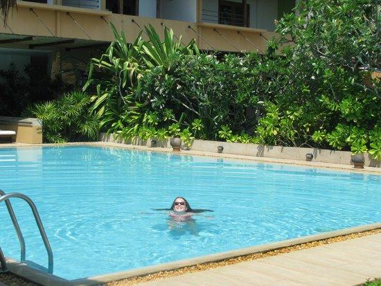 Aditya: zwembad