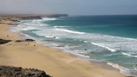 Lagunas y Playa de El Cotillo: coastline El Cotillo