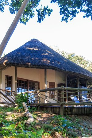 Umngazi River Bungalows & Spa: Honeymoon Suite Cottage