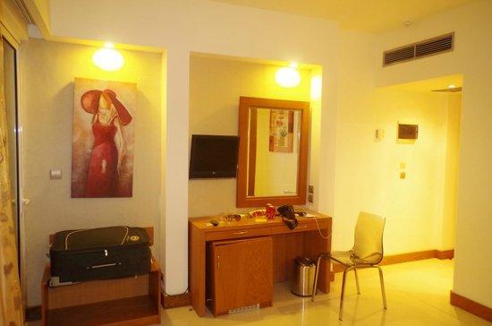 Sunshine Rhodes Hotel : pokój