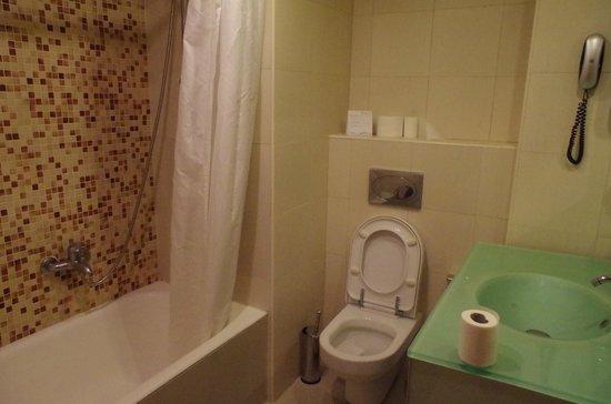 Sunshine Rhodes Hotel : łazienka